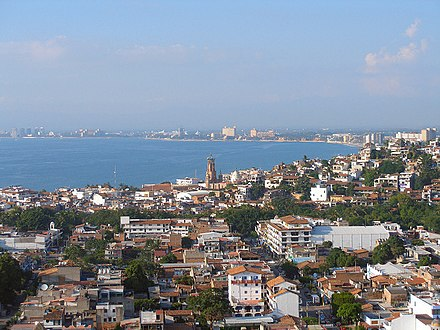 View of Puerto Vallarta Puerto vallarta skyline.jpg
