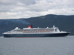 Queen Mary 2 Ushuaia.jpg