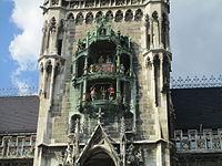 Rathaus-Glockenspiel - Munich.JPG