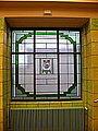Rathaus Wedding Eingangshalle Wappenfenster.JPG
