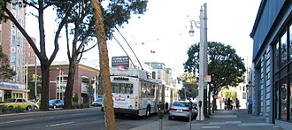 U.S. Route 101 in California - US 101 in San Francisco between Sacramento and Clay Streets; a Muni ETI Skoda bus can be seen in the background.