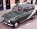 Renault 4 (1).jpg