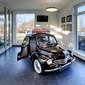 Renault 4 CV in Auto Kout Centrum.jpg
