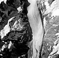 Rendu Glacier, hanging glaciers and valley glacier, August 22, 1965 (GLACIERS 5812).jpg