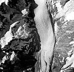 Rendu Glacier, hanging glaciers and valley glacier, August 22, 1965 (GLACIERS 5812).jpg