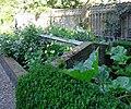 Renswoude Kasteel Tuinmuur met Koude Bak.jpg