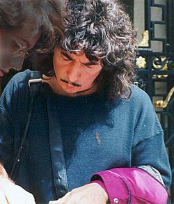 Ritchie Blackmore signing.jpg