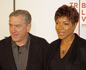 English: Robert De Niro and his wife Grace Hig...