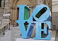 Robert Indiana, LOVE Blue Green, 1996 (36476943904).jpg