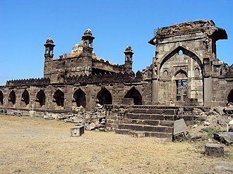 Rohinkhed - The fort and mosque at Rohinkhed