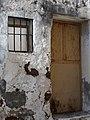 Rusty door (4258171148).jpg