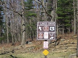 Seven Lakes Drive - Signpost for Seven Lakes Drive at Tiorati Circle