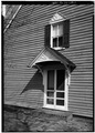 SOUTH FRONT, DETAIL OF DOORWAY - Blackwater Presbyterian Church, State Road 54, Clarksville, Sussex County, DE HABS DEL,3-CLAVI.V,1-7.tif