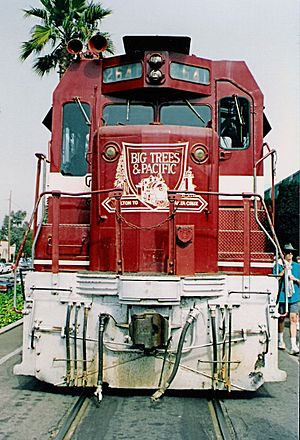 CF7 - Image: Santa Cruz, Big Trees and Pacific Railway CF7 No. 2641 front view