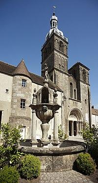 Saulieu, Basilique Saint-Andoche-PM 48260.jpg