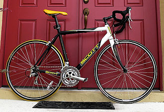 Racing bicycle - A road bicycle made by Scott.