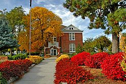 Sherman County Courthouse (Sherman County, Oregon scenic images) (sheD0059).jpg