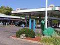 Sinclair gas station 62.jpg