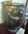 Situla in argento con donne al bagno, da ercolano, 190-210 dc ca. 02.JPG