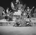 Slade - TopPop 1973 11.png