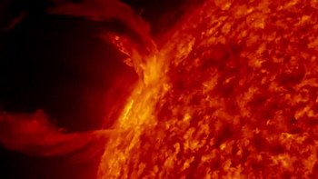 Datei:Solar prominence.ogv