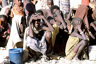 United Nations Security Council Resolution 746 - Somali children waiting for aid (1992)