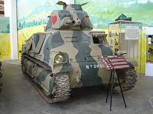 SOMUA S35 - The Saumur tank displayed in the museum building. The cupola hatch added by the Germans is clearly visible