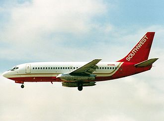 Midway Airlines (1976–1991) - Boeing 737-200 N702ML in Midwest Airlines/Southwest Airlines hybrid livery.
