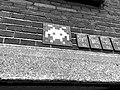 Space Invader op Hotel New York, Rotterdam - panoramio.jpg