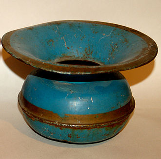 Spittoon - Early 20th century toleware spittoon