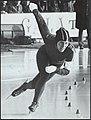 Sport, schaatsen, keulen-deelstra atje, Bestanddeelnr 135-0782.jpg