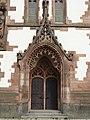 St. Elisabeth (Darmstadt)-02-Turmportal.jpg