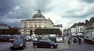 Saint-Omer - Main square and town hall