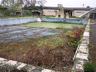 Stanford Hall, Nottinghamshire - The remains of the lido at Stanford Hall