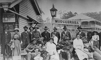 Mudgeeraba, Queensland - People posing at the railway station in Mudgeeraba, ca. 1917