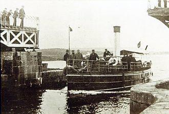 Lanesborough–Ballyleague - Steamer belonging to Bernard Forbes, 8th Earl of Granard, passing through Lanesborough Bridge in 1900.