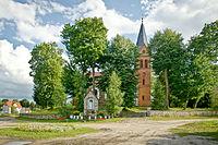 Sterławki Wielkie, kościół zewnątrz.jpg