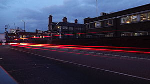 English: Slow shutter speed light streaks of m...