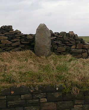 Listed buildings in Cliviger - Image: Stump Cross, Long Causeway geograph.org.uk 700217