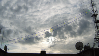 T2FD antenna - A 20-meter-long T2FD antenna, covering the 5-30 MHz band.