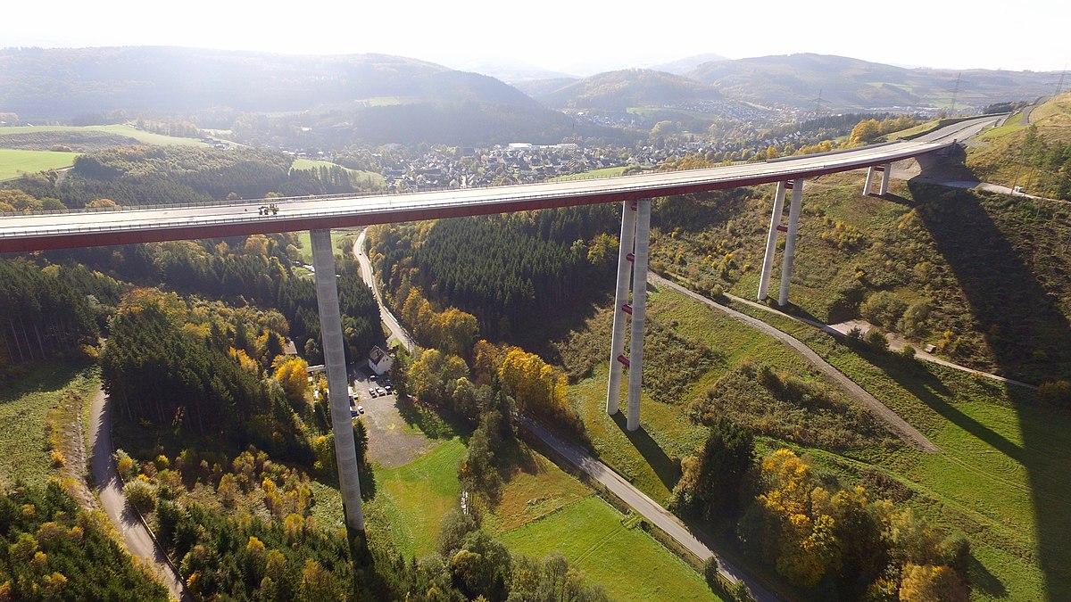 Talbrücke Nuttlar