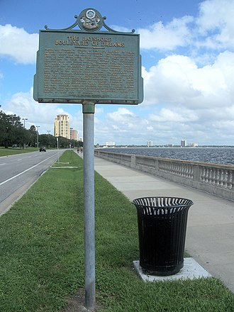Bayshore Boulevard - Historical marker