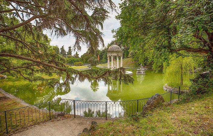 Tempio di Diana a Villa Durazzo- Pallavicini a Genova Pegli, Italia foto 2.jpg