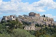 L'Acropoli di Atene viste dal Colle delle Muse (14220794964) .jpg