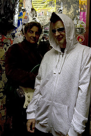 Paul Livingston - Flacco (right) with The Sandman (Steve Abbott)
