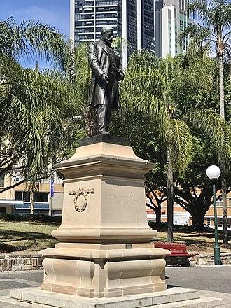 Thomas Joseph Byrnes - Statue of Thomas Joseph Byrnes in Centenary Place, Brisbane
