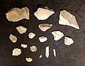 Top or Topic (CC, Maastricht), prehistorische werktuigen van kwartsiet uit Merselo.jpg