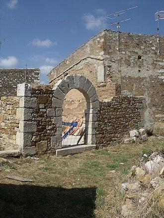 La Torre d'En Besora - Image: Torre d'en Besora 12