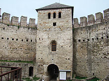 Tower with gate of the fortress.jpg