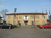 Town hall (Lusia).jpg
